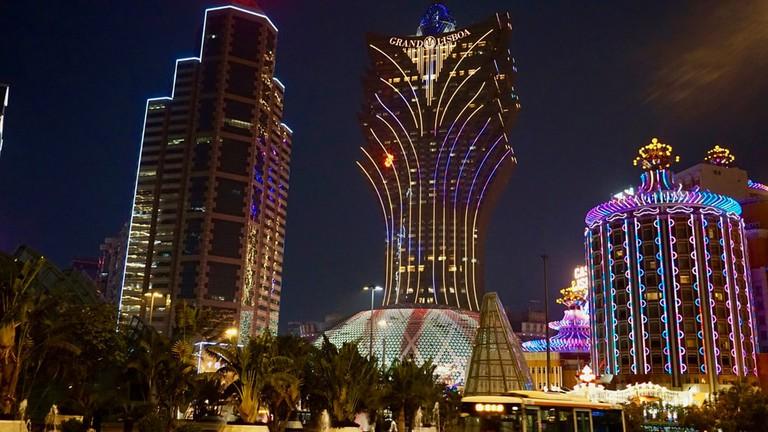 Where-to-stay-in-Macau-book-hotels