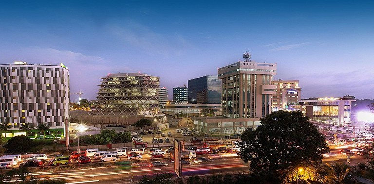 1024px-Accra-Airport-City