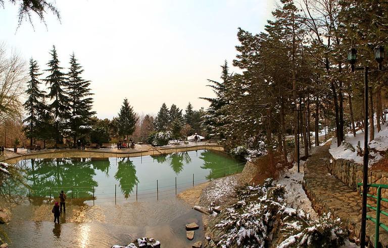 Jamshidieh Park is idyllic in all seasons | © Amingholamali / Wikimedia Commons