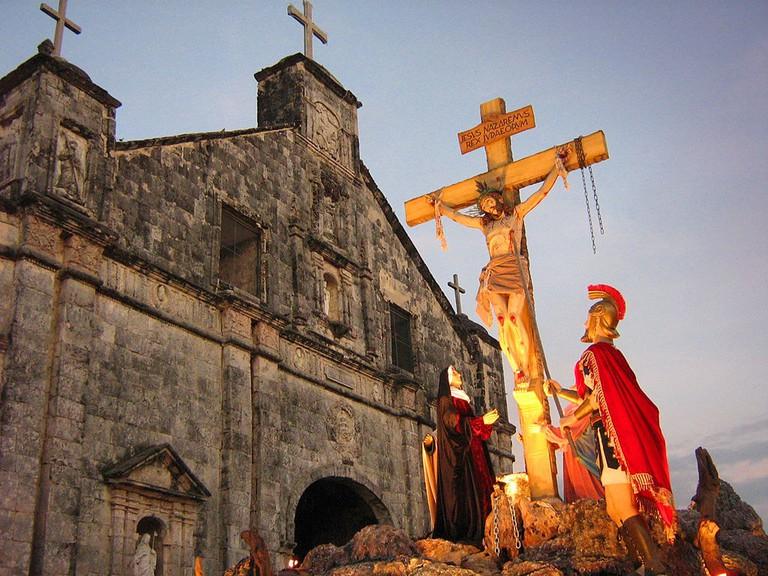 1024px-Ang_Simbahan_ng_Bantayan_on_Holy_Week