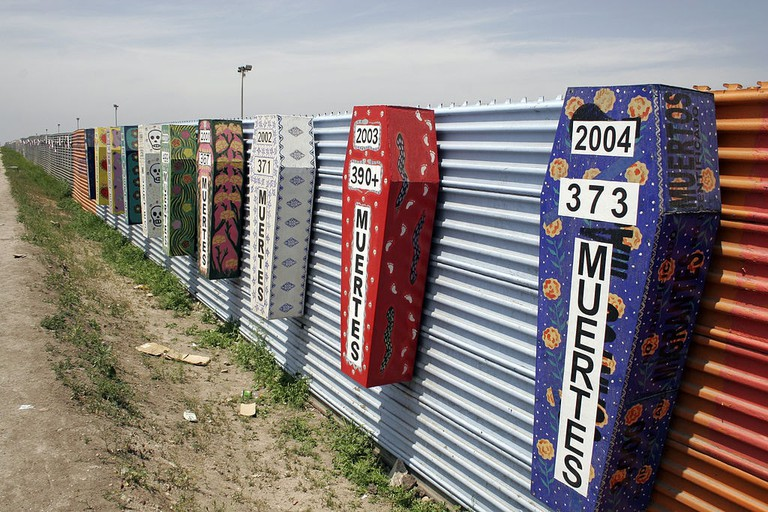 1024px-Tijuana-san_diego_border_deaths
