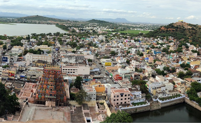 6.view_from_thirupparankundram_hill_