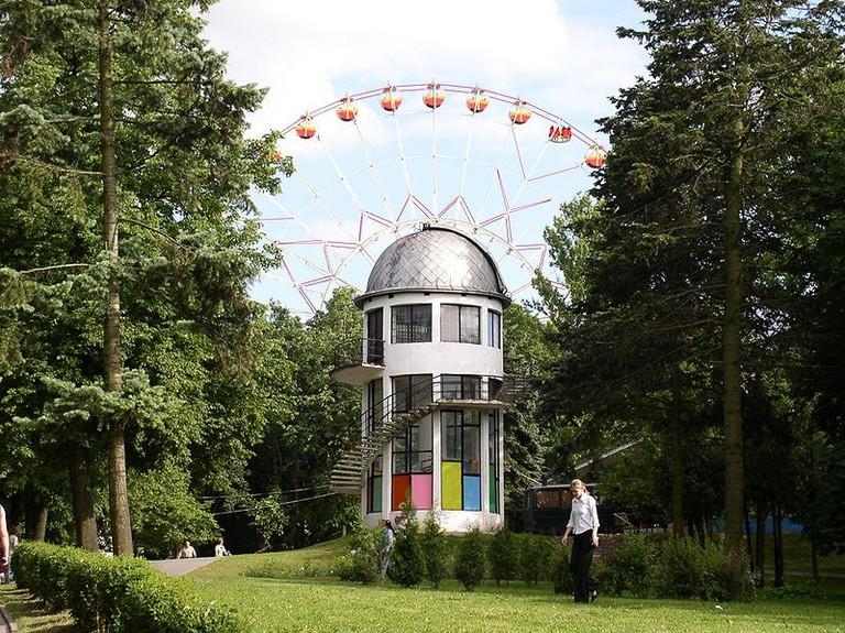 800px-Belarus-Minsk-Educational_Observatory