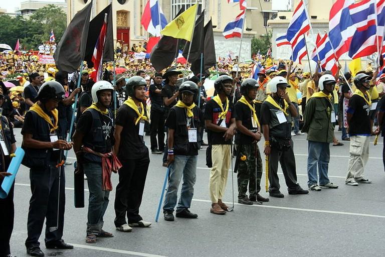 800px-PAD_Demonstration_Bangkok_02082008_1