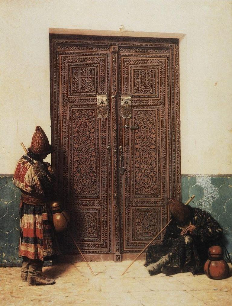 У_дверей_мечети