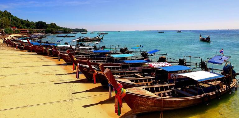 beach-sea-coast-boat-vacation-travel-761666-pxhere.com (1)