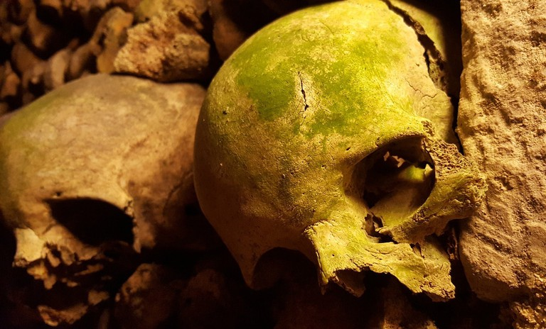 catacombs-2109029_1280