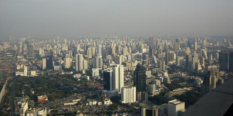 cityscape-of-bangkok-under-smog-in-bangkok-thailand