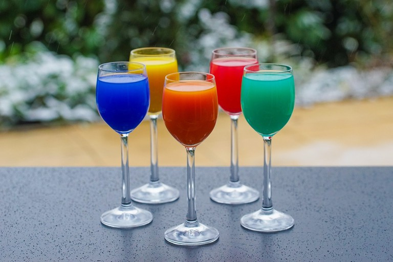 colorful-drinks-3252180_1280