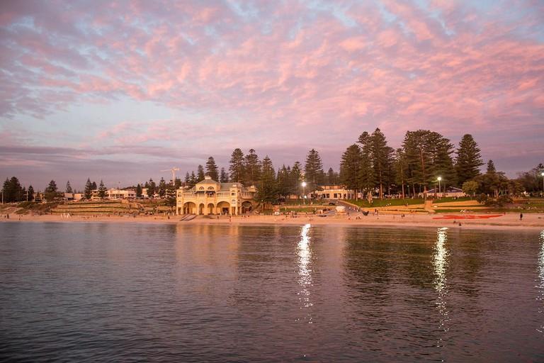 Cottesloe Beach in Perth © Harsha Vardhan / Flickr