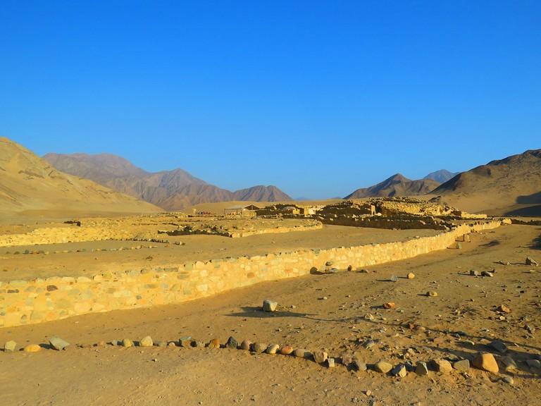 desert-1626350_1280