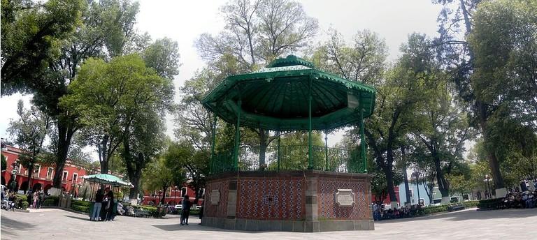 Foto_Panoramica_del_kiosco_-_panoramio