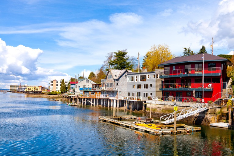 Seattle waterfront houses and apartments stilts on the Lake Washington ship canal. Ballard neighbourhood