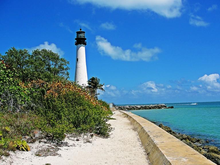 lighthouse-860872_1920 (1)
