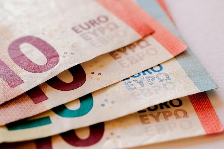 money-2259045_1280
