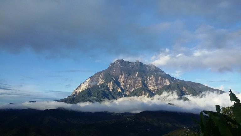 mount-kinabalu-2404697_1280