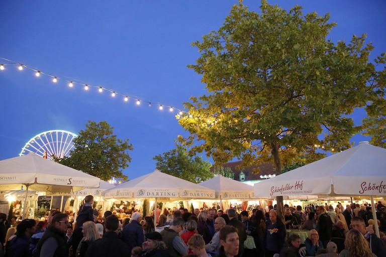 Pfalz Bad Dürkheim Weinfest Wurstmarkt Weindorf3