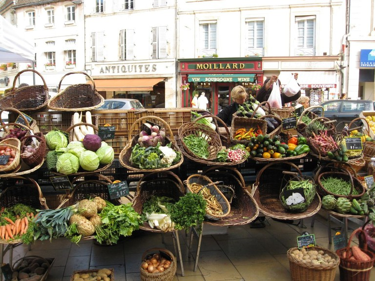 Saturday morning market beaune