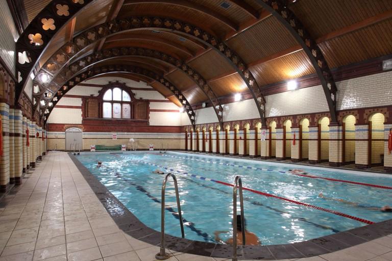 The-Sir-Doug-Ellis-Woodcock-Sports-Centre-Aston-University-Birmingham-Pool-2012-uai-1032x688