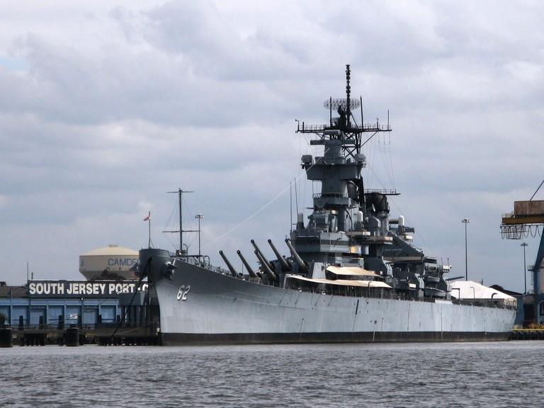 USS_Battleship_New_Jersey-BB-62