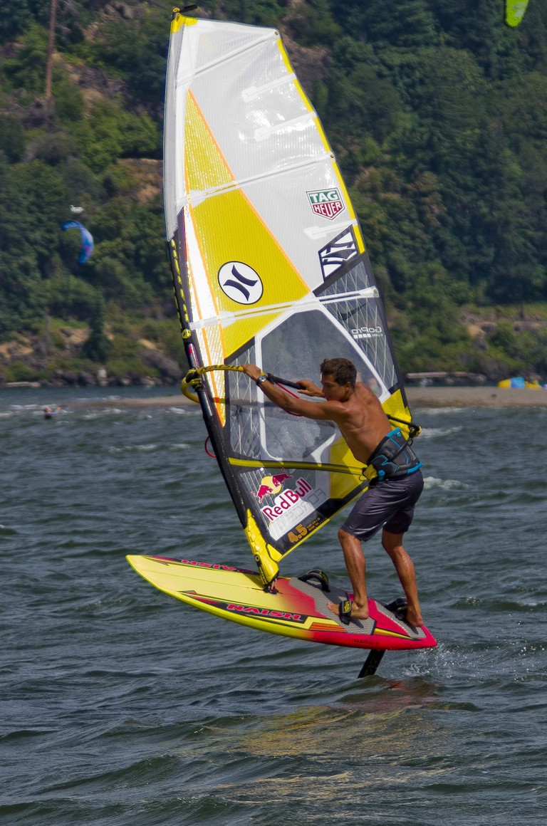 windsurfing-hood-river-2