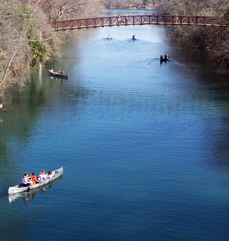 Winter canoeing in Zilker Park   © Larry D. Moore/Wikimedia