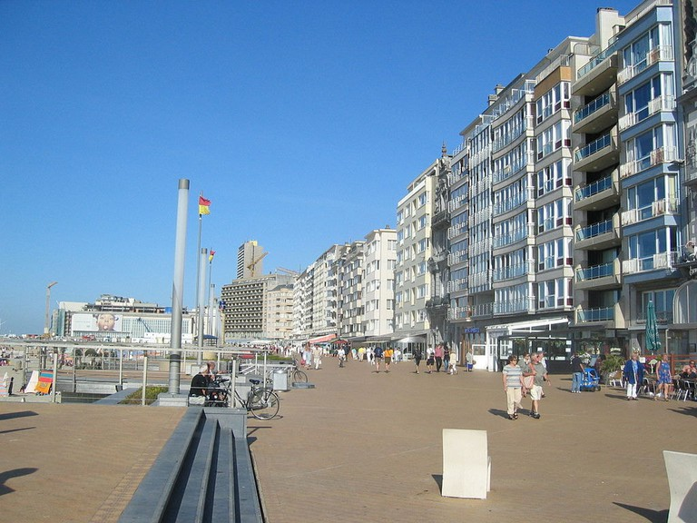 1024px-Albert-I-promenade-20040908-010
