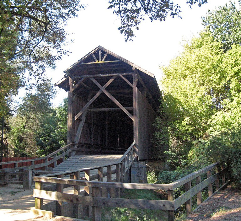 1024px-Felton,_California_covered_bridge