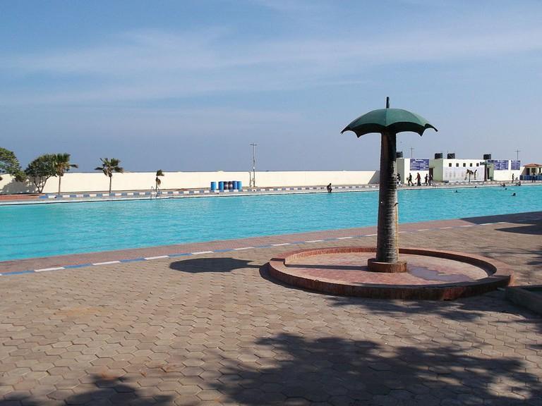 1024px-Marina_Swimming_Pool