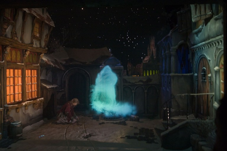 1200px-Fairy_tale_ghost