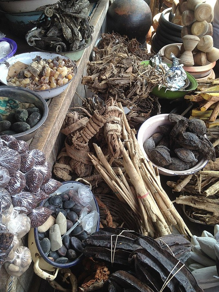 675px-Traditional_Medicine