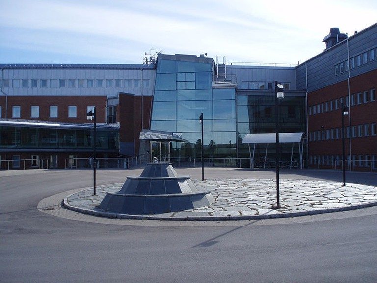 799px-Entrance_to_Swedish_Institute_of_Space_Physics