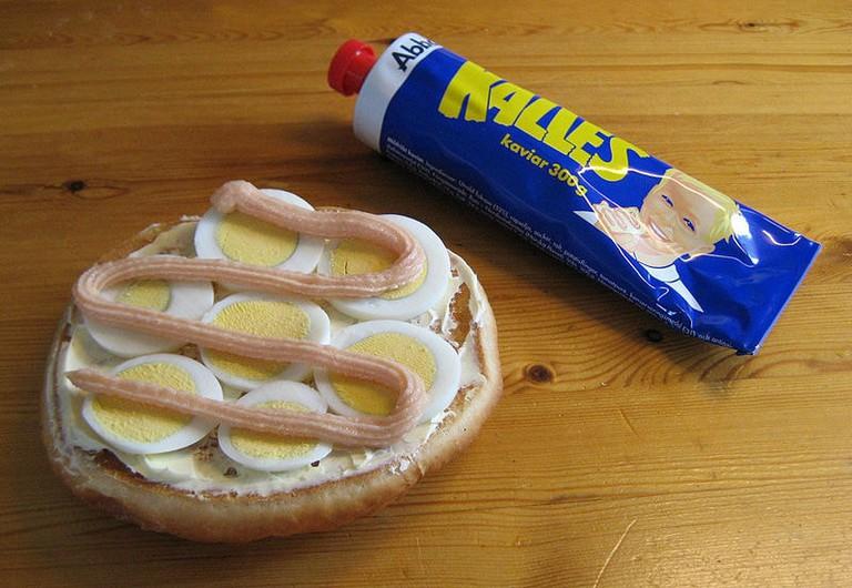 800px-Egg_sandwich