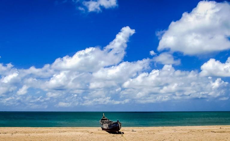 9.dhanushkodi_beach_