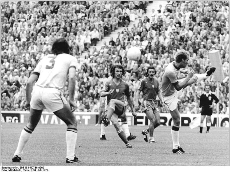 Fußball-WM, VR Polen - Brasilien 1:0
