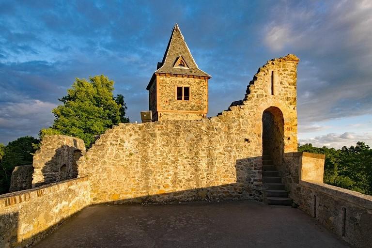 castle-2480218_960_720