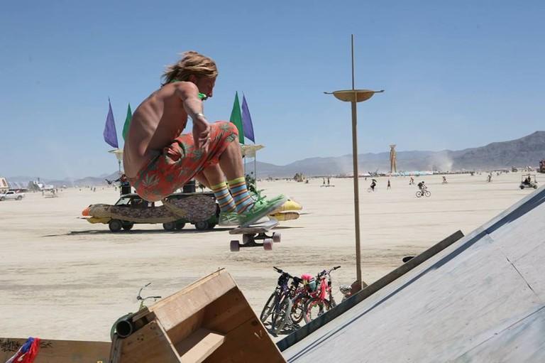 Danny-Thomas-skate-Burning Man