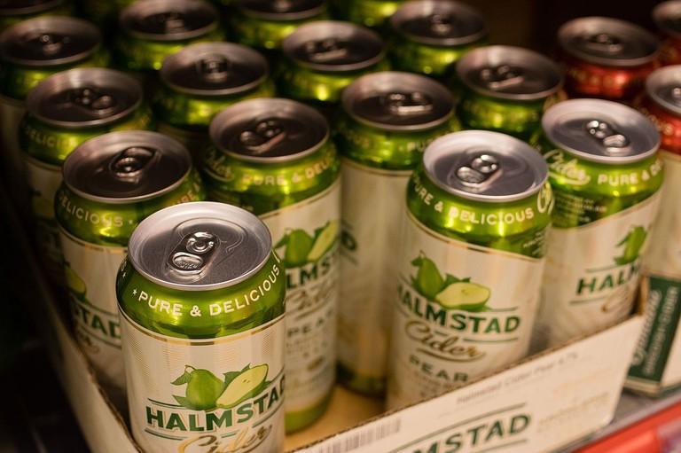 Halmstad_Cider_i_en_butikkhylle