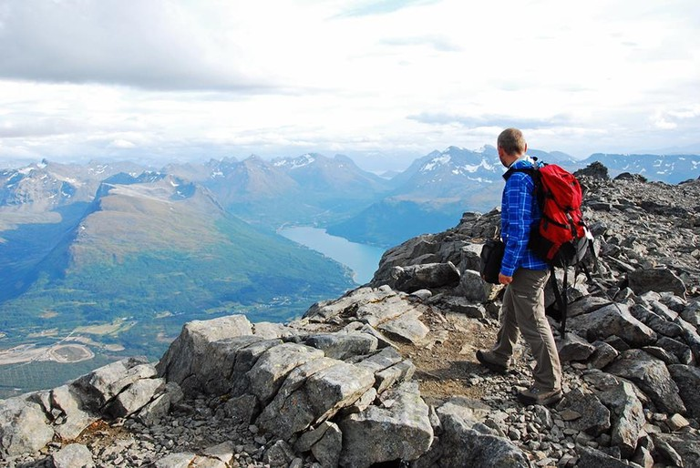 Hiking with a view of the fjords