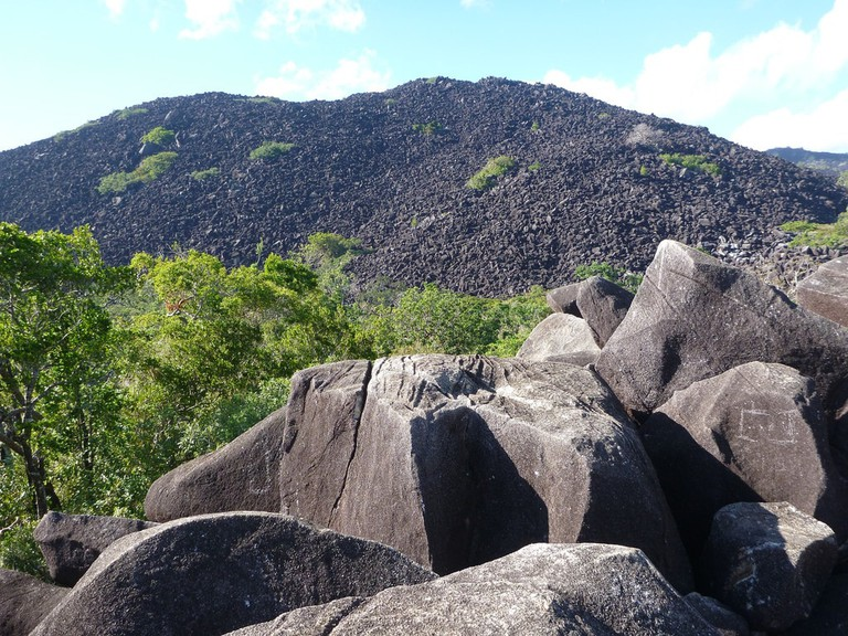 Kalkajaka, or Black Mountain © Doug Beckers / Flickr