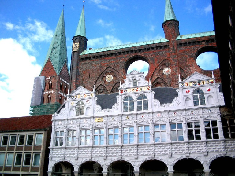Lubeck-townhall-detail