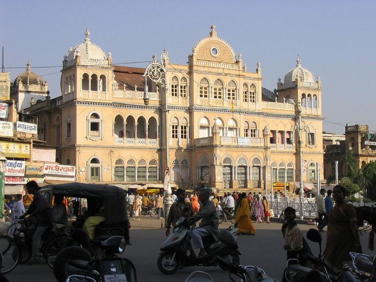 Maharaj Bada.v1