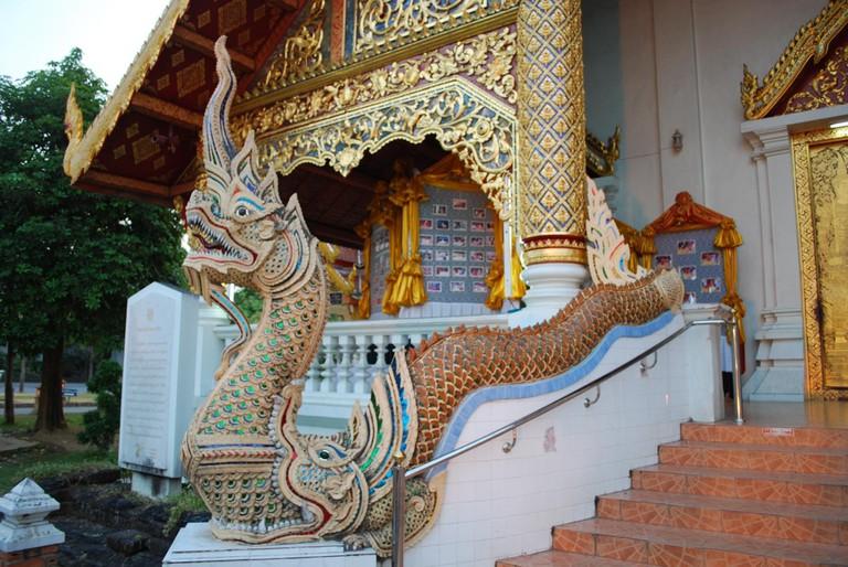 Naga_in_Wat_Phra_Singh