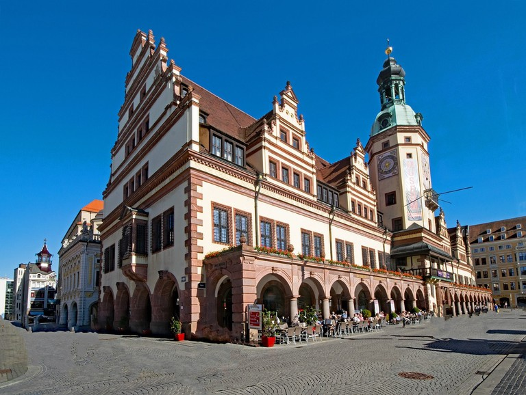 old-town-hall-2388652_1280