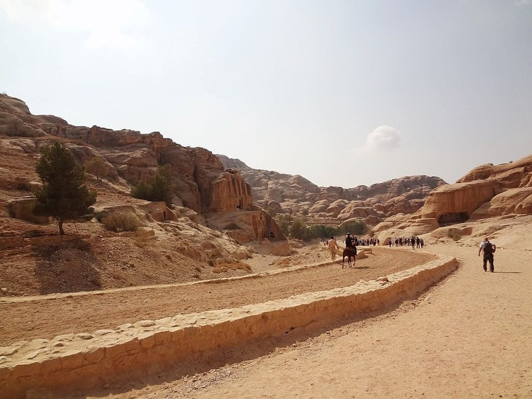 Petra_entry_road_Leading_to_Siq_Jordan