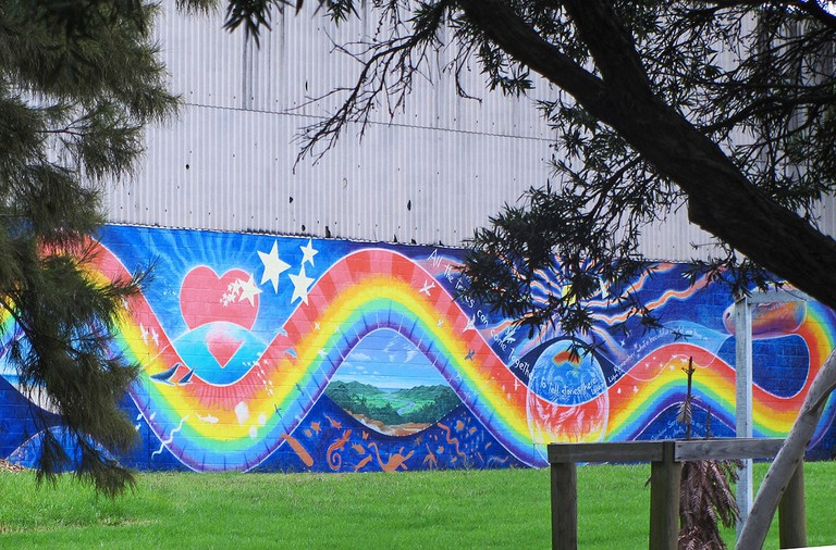 Rainbow Serpent mural © Newtown graffiti / Flickr