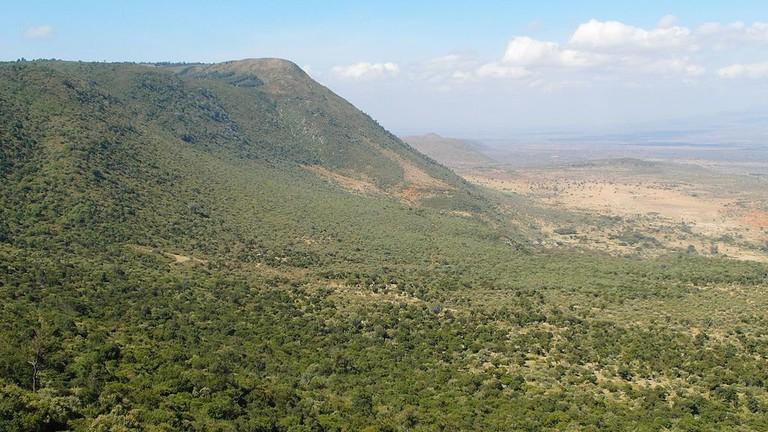 Rift_Valley._Viewpoint._Kenya_2013._-_panoramio_(1)