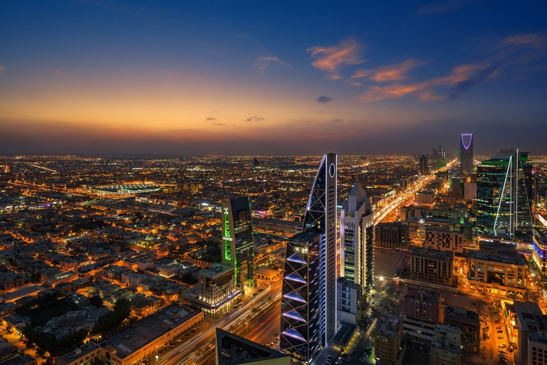Riyadh,_Saudi_Arabia_(2048x1367)_(36864830374)