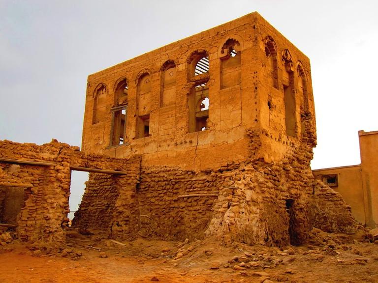 An abandoned building in Jazirat al Hamra, Ras al Khaimah