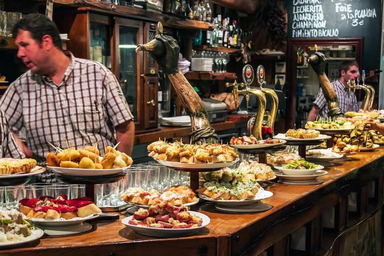 Bar with traditional pinchos in San Sebastian, Spain | © Matyas Rehak/Shutterstock